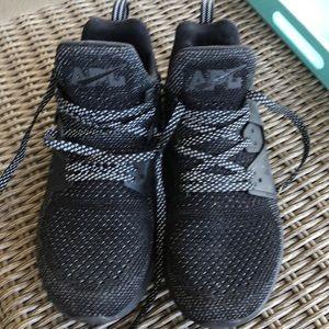 APL Women's sneakers